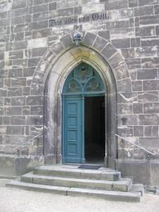KircheLeuba_04_Eingang